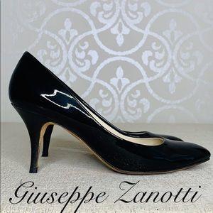 GIUSEPPE ZANOTTI BLACK PATENT PUMP SIZE 10